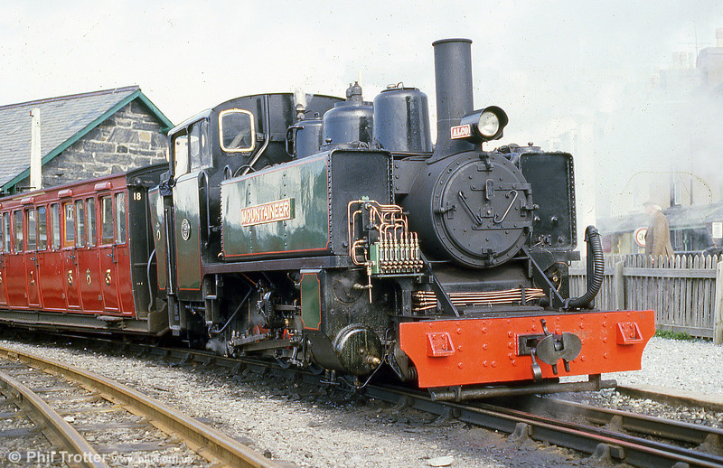 FR ALCO (57156/1916) 2-6-2T 'Mountaineer' at Porthmadog in May 1986.