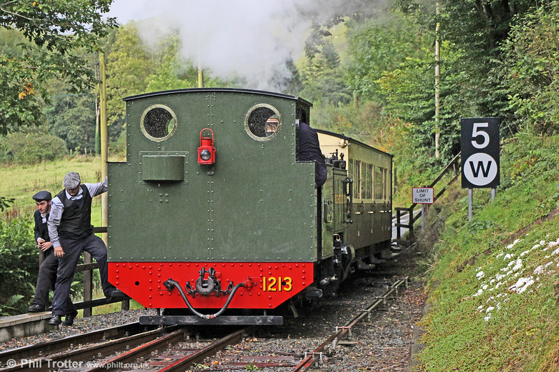 VoR 2-6-2T no. 1213 arrives at Aberffrwd with the 1415 Devil's Bridge to Aberystwyth on 16th September 2017.