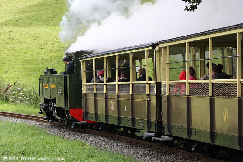 VoR 2-6-2T no. 1213 departs from Nantyronen with the 1400 Aberystwyth to Devil's Bridge on 16th September 2017.