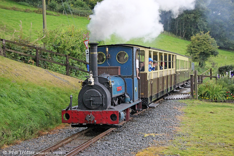 Quarry Hunslet 0-4-0ST (707/1899) 'Britomart' arrives at Nantyronen with the 1430 Aberystwyth to Aberffrwd on 16th September 2017.