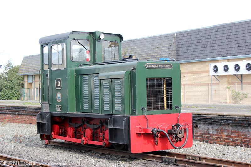 VoR no. 10, a Baguley Drewry/Brecon Mountain Railway 0-6-0DH, built for BR in 1987 at Aberystwyth on 16th September 2017.