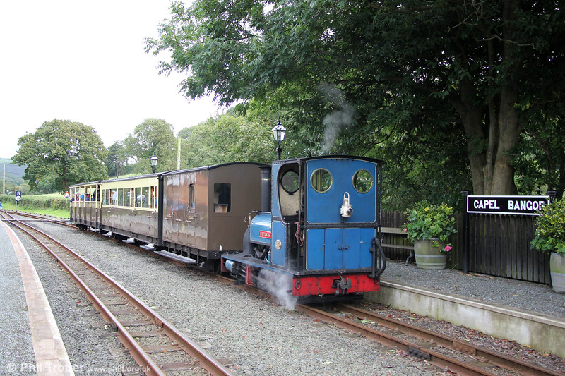 Quarry Hunslet 0-4-0ST (707/1899) 'Britomart' waits at Capel Bangor with the 1545 Aberffrwd to Aberystwyth on 16th September 2017.