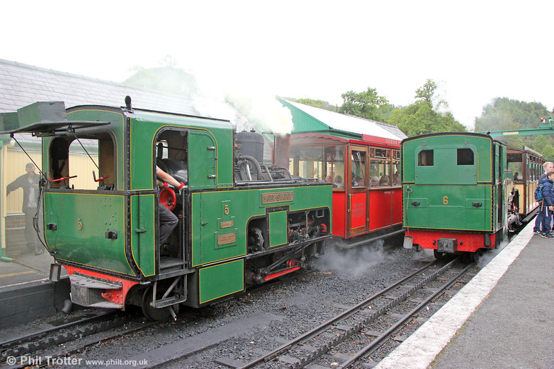 SLM (989/1896) 0-4-2RT no. 5 'Moel Siabod' and SLM (2838/1922) 0-4-2RT no. 6 'Padarn' at Llanberis on 16th August 2018.