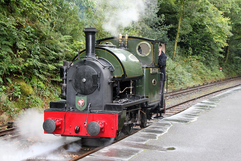 Talyllyn Railway Kerr Stuart (4047/1921) 0-4-2ST no.4 'Edward Thomas' at Abergynolwen on driver traing duty on 9th September 2017.