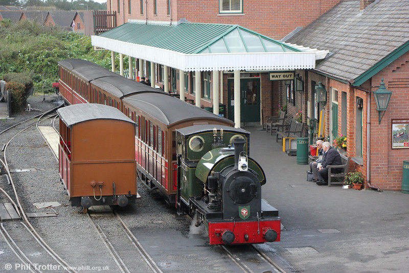 Kerr Stuart (4047/1921) 0-4-2ST no.4 'Edward Thomas' at Tywyn Wharf ready to leave with the 1030 departure for Nant Gwernol on 9th October 2019.