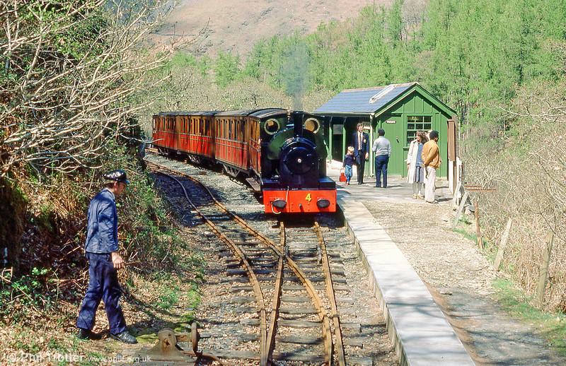 TR no. 4 'Edward Thomas' at the railway's terminus at Nant Gwernol in May 1985.
