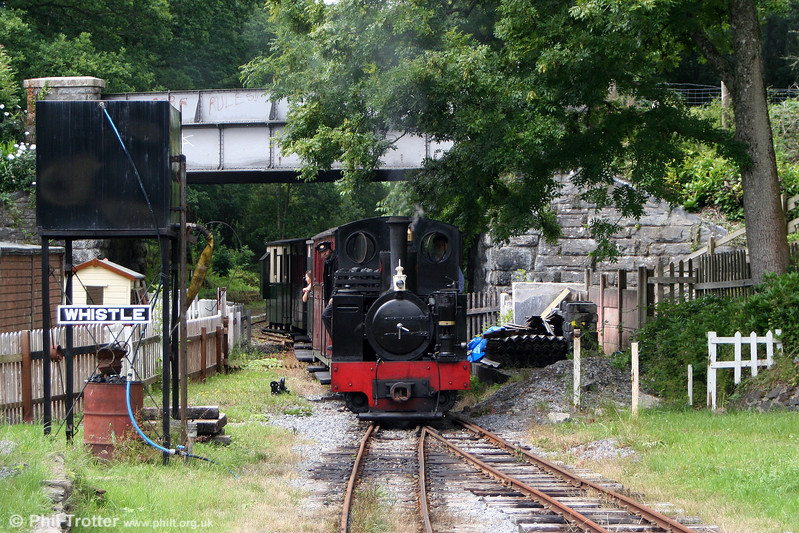 Kerr Stuart (3117/1918) 0-6-2T 'Sgt. Murphy' arrives at Henllan with a train from Llandyfriog on 17th July 2010.