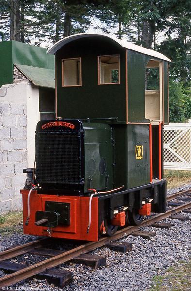 Teifi Valley Railway  Hudson Hunslet (HE2433/1941) 4wDM diesel 'Sholto' at Henllan, August 1986.