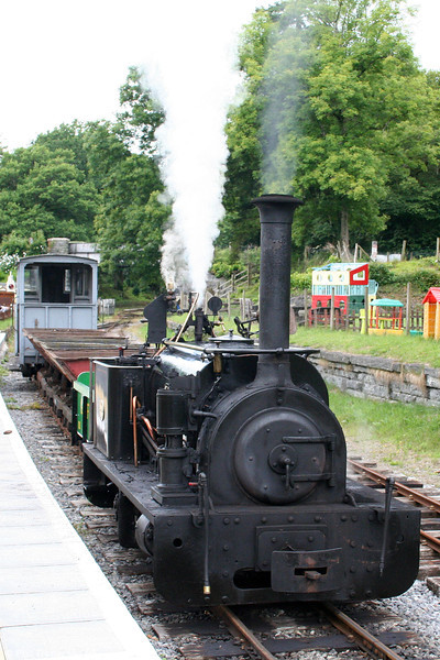The Teifi Valley Railway's Quarry Hunslet 0-4-0ST (HE606/1894) 'Alan George' waits in the platform at Henllan with a demonstration train of tippler wagons on 17th July 2010.