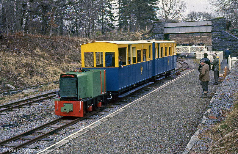 Early days on the Teifi Valley Railway with a Hudson Hunslet (HE2433/1941) 4wDM diesel 'Sholto' at Henllan, April 1986.