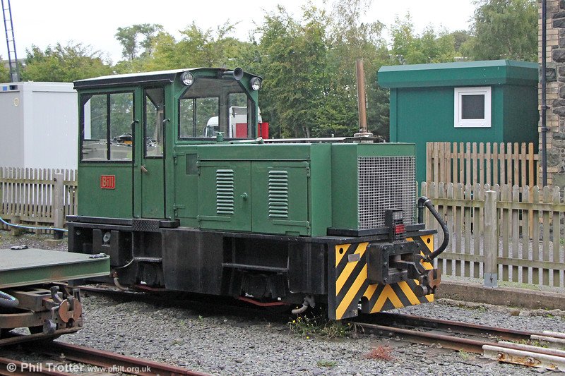 Welsh Highland Railway Hunslet (9248/1985) 0-4-0DH 'Bill' at Dinas on 7th September 2017.