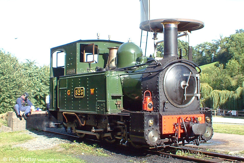 A study of Welshpool & Llanfair Light Railway's 0-6-0T 823 'Countess' (BP3497/1903) at Raven Square, Welshpool on 21st August 2005.