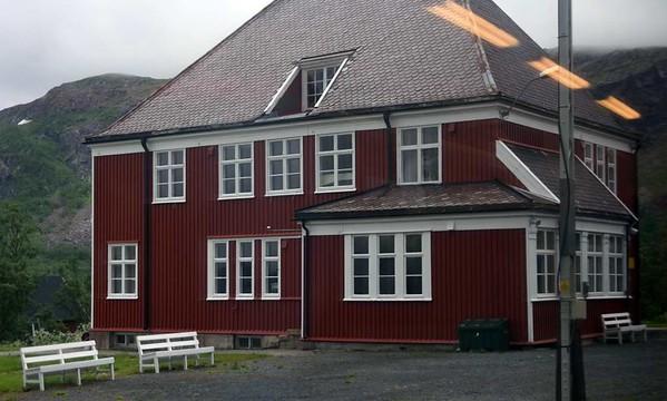 Katterat station, Norway, Fri 24 July 2015 - 1315.  26km from Narvik, 373m above the sea.