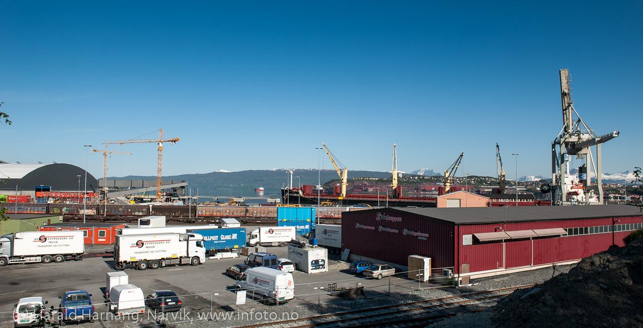 Fagerneskaia, Norhland Ressourses, Jernbaneverket legger ny skinnegang og spor. Mai 2013.