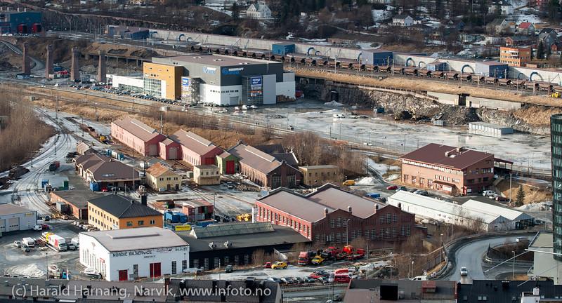Trekanten med NSBs gamle og flotte verkstedhaller. 7. mars 2014.