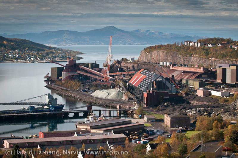 Deler av LKABs område. Lundbergsjakta under oppbygging/rehabilitering. 1. oktober 2011