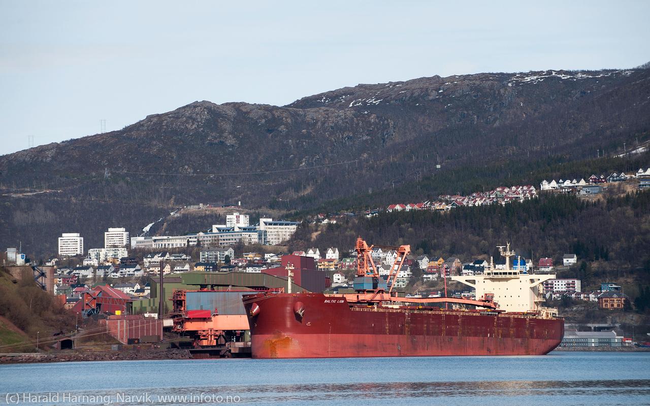BALTIC LION.  Flagg: Marshall Is Type: Bulk Carrier DWT (dødvekttonn): 179185 Lengde x bredde: 292m x 45m Byggeår: 2012. LKAB kai 5 19. mai 2014.