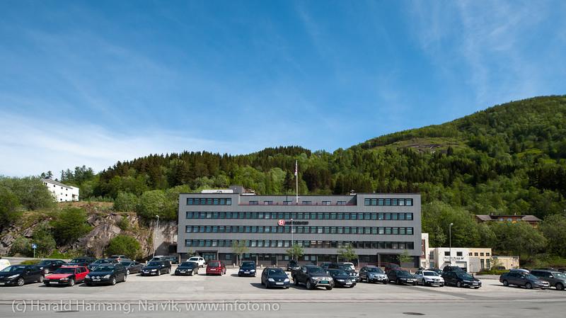 Havnens hus Narvik, tidligere HK for Hurtigruten. Foto mai 2013 fortsatt med H-rute logo på fasaden.