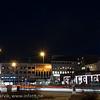 Narvik torg. Torghallen til høyre. E6 gjennom byen. Narvik sentrum, mørketidsbilde, 19. desember 2012.