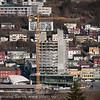 12. mai 2011: Ricahotellet under bygging. Deler av Narvik sentrum. Bak til venstre deler av Høgskolen i Narvik.
