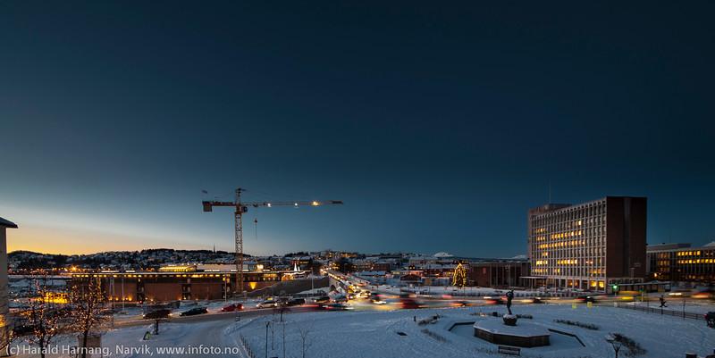 Narvik sentrum, mørketid. 22. desember 2014.