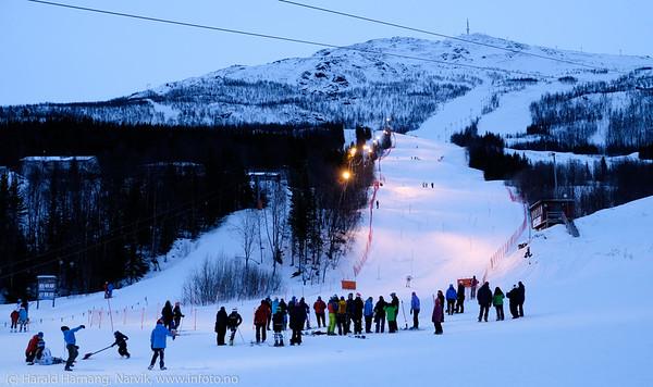 Skianlegget i Narvik. Renn i bakken. 27. mars 2015.