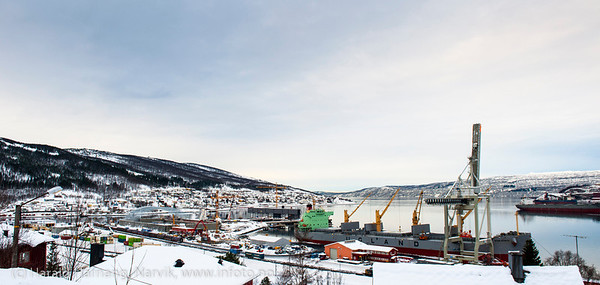 Første last fra Northland Resources fra midlertidig lasteanlegg på Fagernes. Lasting 12. feb 2013. Star Norita fra Grimstad (Ugland-rederi) laster 40.000 tonn jernmalm fra Kaunisvaara. Skal til Nederland. Skipet kom mandag 4. feb om morgenen. Det var beregnet 8-10 dager til lasting, men til sist dro man etter 21 dager med 55.000 tonn om bord.  Star Norita left the Port of Narvik on Monday, February 25, 2013, loaded with approximately 55,000 tonnes iron ore concentrate. Picture during loading. Permanent loading facilities still under construction.