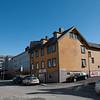 Dronningens gate, Narvik. Oscarsborg Vgs i bakgrunnen.