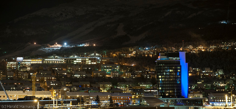 Narvik, mørketid. Snø dekker endelig byen. 16. desember 2014