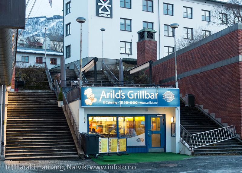 Arilds grillbar, Narvik sentrum, nordre torghalltrapp, nov 2012.