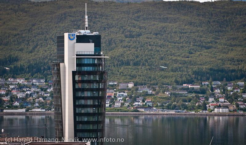 Rica-hotellet sett fra Grand Royal. Oversiktsbilde Narvik. August 2012.