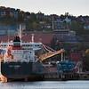 Olivinbåt losser ved gamle kai 3-4. sept 2012.