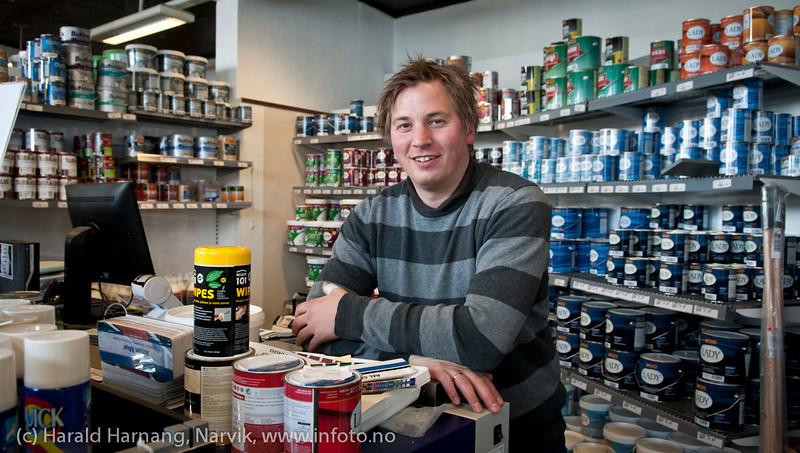 Lindahl fargehandel eftt, med innehaver Mats Arnøy.