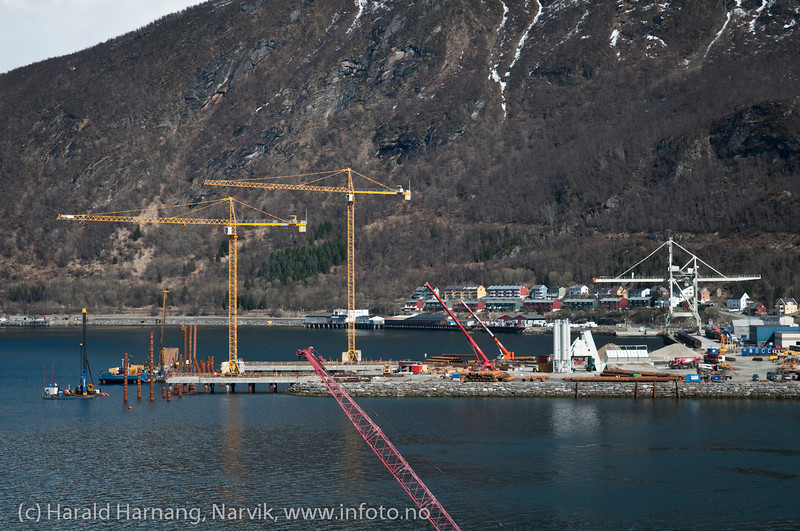 Malmkaia til Nortland Resources på Fagernes begynner å ta form. Foto: 15. mai 2012.
