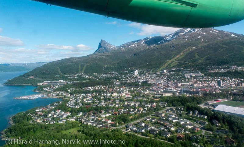 Narvik, foto fra Widerøe, 12. juni 2013.