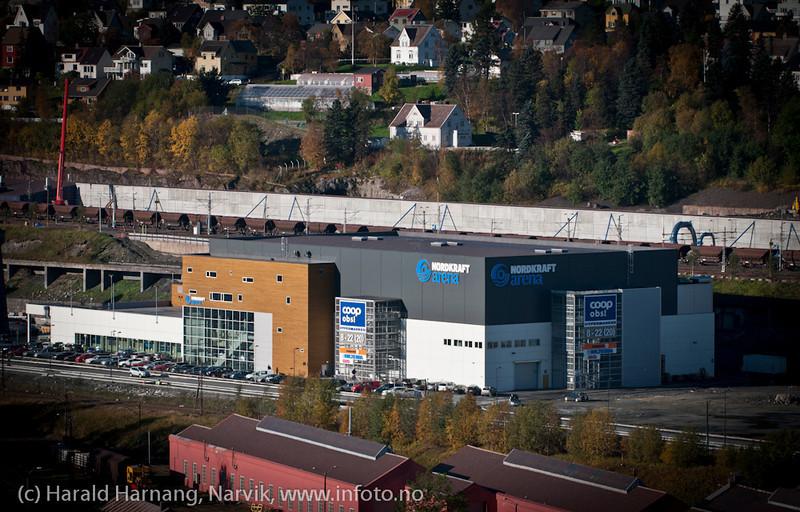 Nordkraft arena, handelssenter og ishockeyhall. 1. oktober 2011
