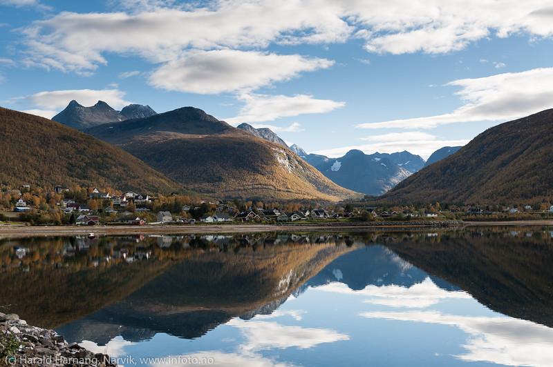 Beisfjord sett fra sjørsiden, 24. sept 2015