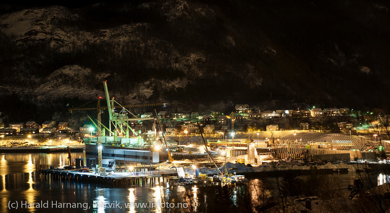 Første last fra Northland Resources fra midlertidig lasteanlegg på Fagernes. Lasting 12. feb 2013. Star Norita fra Grimstad (Ugland-rederi) laster 40.000 tonn jernmalm fra Kaunisvaara. Skal til Nederland. Skipet kom mandag 4. feb om morgenen. Det var beregnet 8-10 dager til lasting, men til sist dro man etter 21 dager med 55.000 tonn om bord.  Star Norita left the Port of Narvik on Monday, February 25, 2013, loaded with approximately 55,000 tonnes iron ore concentrate. Picture during loading. Permanent loading facilities still under building (in front).