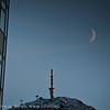 Rica hotell, Linken og månen. Lørdag 28.1.2012 kl 1230 med sola såvidt på TV-masata.