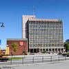 Rådhuset i Narvik med deler av Narvik torg.