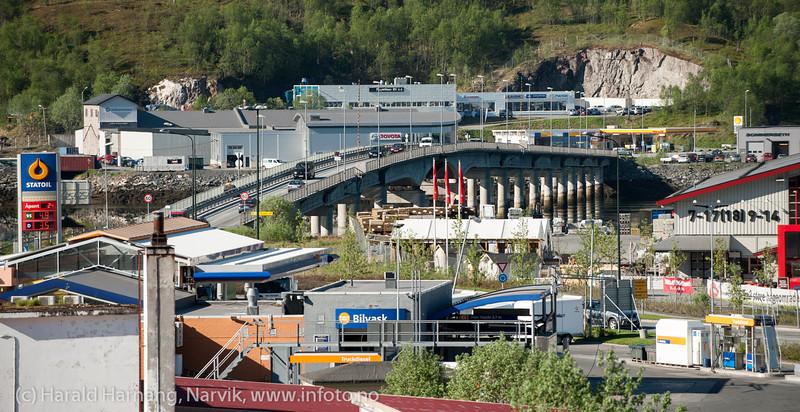 Beisfjordbrua. Foto fra Fagernes. Mai 2013.