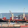 Fagerneskaia, Norhland Ressourses, Lasting av jernmalm  med grabb. Jernbaneverket legger ny skinnegang og spor. Mai 2013.