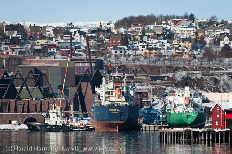 I slutten av mars 2011 fikk LKAB feil på sin utlaster ved kai 5. Det ble etterhvert nokså fullt av båter på havna og fjorden.