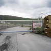 """Stopp ved dypvannskaia. Bilder på veien fra LKABs adm bygning til Fagerneskaia. Foto til artikkel i Fremover 2. juli 2016: """"En tur langs havna?""""."""