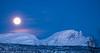 Fullmåne over Veggfjellet