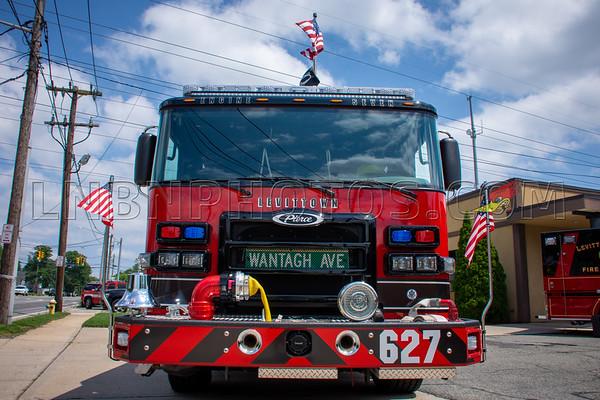 2019 07 07 Levittown F D  Engine Company Seven Wetdown-2