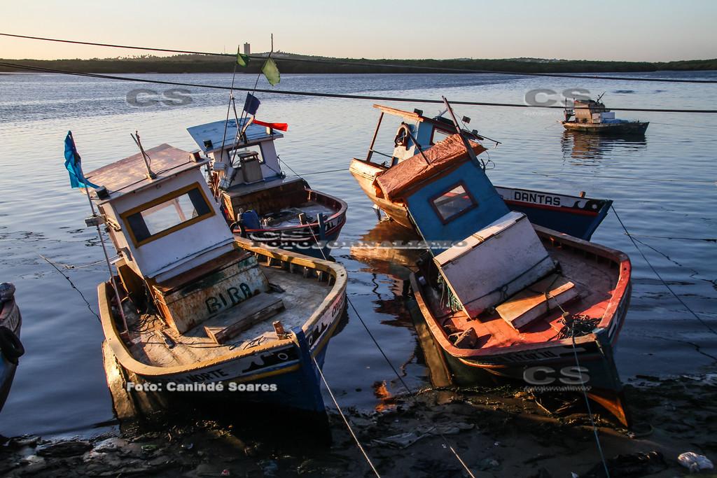 Barcos no Canto do Mangue