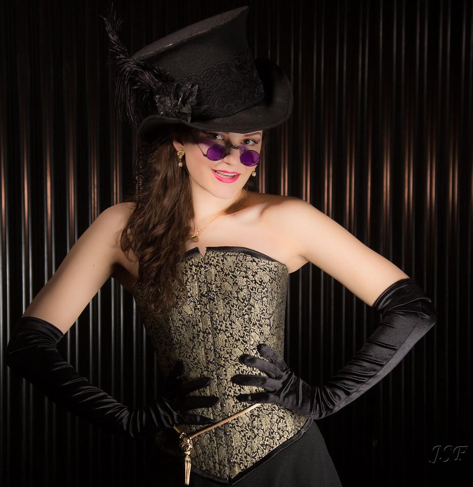 Natalie Steampunk 3-1