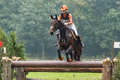 Nikki van den Berg - (NED)