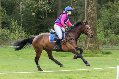 Nicole van der Linde (NED)
